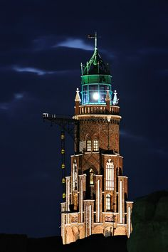 Bremerhaven lighthouse, Simon Loschen Tower at the entrance to the New Harbour.