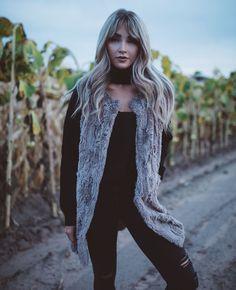 Cara Loren Shop - The Valeria Vest in Tan