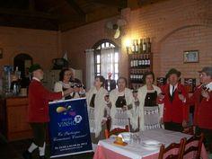 """Simone Balico Frank: """"Coral Nova Trento presente nas comemorações do Dia do Vinho, em Flores da Cunha, promovendo o Brinde Coletivo em diversos empreendimentos turísticos - Parque das Pitangueiras."""""""