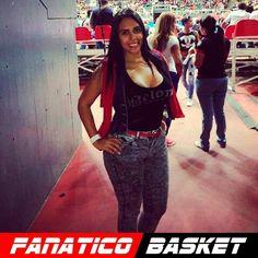 by @aleuzenevk12 #FanaticoBasket  #pnu #cocodrilosdecaracas 17/01/2016 viéndolos jugar como siempre  Sigan a @FanaticoBeisbol Sigan a @HumorParejo Sigan a @CreacionesAleymar Sigan a @GrupoOndato