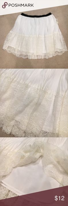 White Lace Skirt Never worn! Elastic band at the waist. Super cute Lace detail. Aeropostale Skirts Circle & Skater