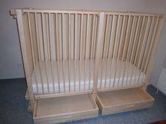 lit à barreaux sur mesure pour enfants handicapés: https://www.meubles-pour-enfants.com/meubles-enfants/lits-enfants/lit-bebe-alabama.html