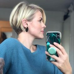 37 Lovely Short Bob Haircuts for Women in 2020 - Page 2 of 37 - Lead Hairstyles Bob Haircuts For Women, Short Pixie Haircuts, Short Hairstyles For Women, Short Stacked Bob Haircuts, Pixie Bob Haircut, Pixie Bob Hairstyles, Short Hair With Layers, Short Hair Cuts For Women, Cool Bobs
