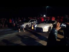 2017 Nissan GTR R35 vs 2017 Audi RS3 Quadro street race
