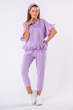 VEĽKOSTNÁ TABUĽKAVeľkosťObvod hrudníkaObvod pásuObvod bokovVnútorná dĺžka nohavícS110,0068,00102,0062,00M114,0072,00106,0062,00L118,0076,00110,0062,00 Jumpsuit, Dresses, Fashion, Clothing, Overalls, Vestidos, Moda, Fashion Styles, Jumpsuits