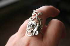 Sterling Silver Rose vine  leaf design   Stunning and elegant