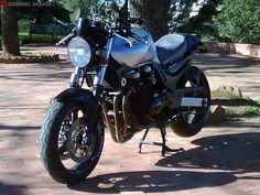 Zio Oro's ZR7 http://goodhal.blogspot.com/2013/10/zio-oros-zr7.html #2002AD #Kawasaki #Motorcycle #OresteInsisa #UncleGold #ZioOro #ZR7