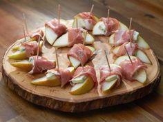 Easy & delicious appetizer- easy and quick dinner party- good for entertaining--Pear with Prosciutto and Gorgonzola
