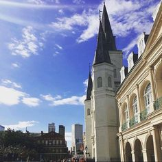 When you explore Jackson Square for the first time, you'll realize that pictures simply don't do it justice. #MonteleoneMoments (Photo by @ilovexgz via Instagram)