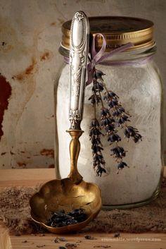 Lavender Bath Salts with Vintage Spoon ⚜️Ana Rosa⚜️ Lavender Cottage, Lavender Blue, Lavender Fields, Provence Lavender, French Lavender, Marie W, Lavender Bath Salts, Malva, Still Life