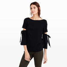 CLUB MONACO Sandrella Top. #clubmonaco #cloth #all