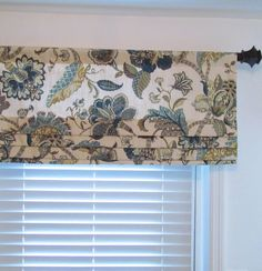 Miraculous Ideas: Grey Blinds With Curtains kitchen blinds floral.Blinds For Windows Hunter Douglas cleaning wooden blinds. Bamboo Blinds, Wood Blinds, Roman Blinds, Grey Blinds, Faux Blinds, Blinds Diy, Privacy Blinds, Sheer Blinds, Modern Blinds
