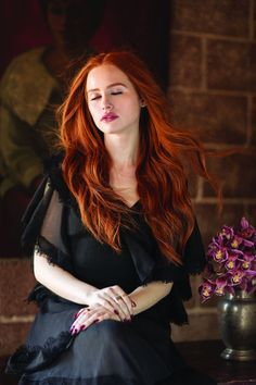 'Riverdale' Cast Covers 'emmy' Magazine — See All the Exclusive Pics! – Tracy Smith 'Riverdale' Cast Covers 'emmy' Magazine — See All the Exclusive Pics! 'Riverdale' Cast Covers 'emmy' Magazine — See All the Exclusive Pics! Cheryl Blossom Riverdale, Riverdale Cheryl, Riverdale Cast, Riverdale Funny, Madelaine Petsch, Beautiful Red Hair, Gorgeous Redhead, Auburn Hair, Ginger Hair