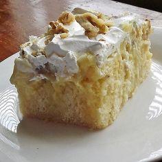 Banana Pudding Poke Cake (gluten free)
