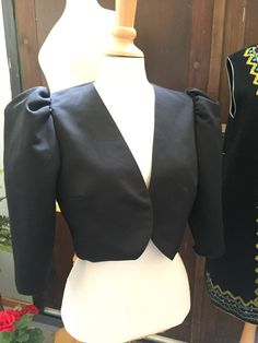 Bolero/jacket/date night/size in wear/club wear/herman lange by WifinpoofVintage on Etsy Bolero Jacket, 80s Fashion, Unique Vintage, Clubwear, Vintage Shops, Night Out, Eye Candy, How To Make, How To Wear