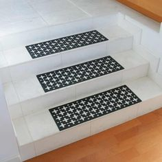 Wonderful Add Safety To Your Staircase Today! Stars Rubber Stair Treads Offer You  Non Slip Protection Even When Wet And Work For Indoor Or Outdoor Use.