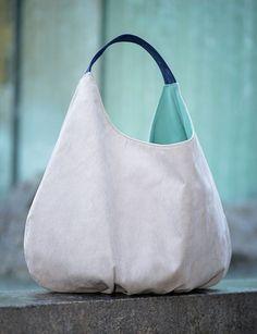 Hobo bag big packable ashen bag xxl shoulder bag light by bandabag Suede Handbags, Purses And Handbags, Hobo Bag Patterns, Sacs Design, Slouch Bags, Diy Handbag, Large Shoulder Bags, Denim Bag, Cute Bags