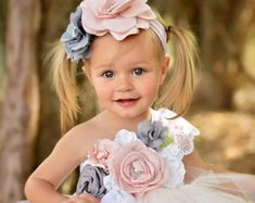 Elegant Flower Girl One Shoulder Dress for Girls Voile Tutu Dress Kids Bridesmaid Ankle Length Party Dress Set Baby Girl Clothes online shopping mall, buying fashion dresses rapid delivery. Start your amazing deals with big discounts! Princess Flower Girl Dresses, Baby Girl Party Dresses, Girls Dresses, Belle Tutu, Belle Dress, Blush Tulle Skirt, Blush Dresses, Elegant Flowers, White Flowers