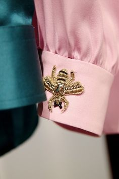 Gucci Sleeve embellishment details #bee #fashion #pixiemarket