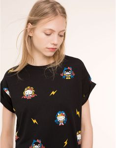 Pull&Bear - femme - t-shirts et tops - t-shirt - noir - Hello Kitty T Shirt, Pull N Bear, Suits You, Boy Fashion, Girl Hairstyles, My Style, Hair Style, T Shirts For Women, Outfits