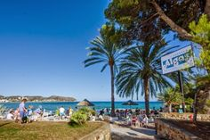 Algas Beach Bar bij het strand l´Andragó in Moraira