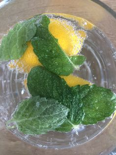 Watter lemon mint