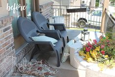 DIY Outdoor Chairs and Porch Makeover DIY outdoor porch or patio furniture. Learn how to make these Patio Furniture Makeover, Pallet Patio Furniture, Outdoor Furniture Plans, Porch Makeover, Diy Furniture, Antique Furniture, Industrial Furniture, Rustic Furniture, Urban Furniture