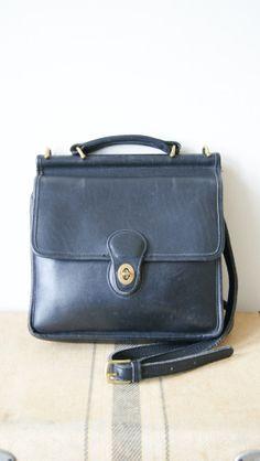 Vintage Coach Bag. 90s Cross Body Purse. Black Leather Messenger Bag. Coach Willis 9927.