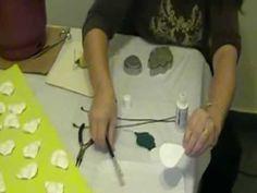 Como hacer rosas en goma eva fosforescentes