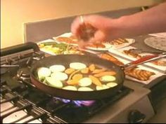Stove Top Grilling Recipes & Tips : How to Season Grilled Asian Vegetables Asian Vegetables, Veggies, Stove Top Grill, Indoor Grill, Griddle Pan, Grilling Recipes, Food Hacks, Cooking Tips, Side Dishes