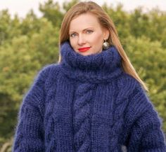 Denim blue hand knitted mohair sweater with double folded turtleneck by SuperTanya®. Here you will findhand knitted mohair turtleneck ,crew neck ,V neck and othersweaters. Womens Knit Sweater, Mohair Sweater, Thick Sweaters, Wool Sweaters, Pullover Outfit, Sweater Outfits, Hand Knitting, Ideias Fashion, Moda Masculina