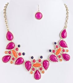 NEW:  Mulberry Lace Jewel Necklace Set Free US Shipping www.popofchic.com