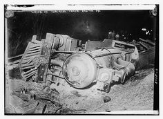 """Photo shows a locomotive lying on its side. According to a New York  Times article, April 30, 1911, """"A train, carrying 169 school  teachers, friends, and relatives, bound from Utica, Syracuse, and  Waterville, N.Y., to Washington, was hurled down a forty-foot  embankment at Martin's Creek, N.J."""""""