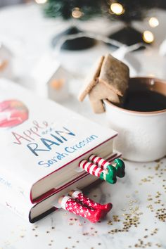 Melina Souza-Serendipity <3  http://melinasouza.com/2017/01/06/os-marcadores-de-livro-mais-criativos-do-mundo/  #Bookmark  #Book  #Livro  #MelinaSouza  #Mug