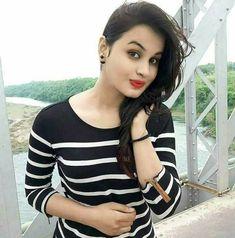 Online girls whatsapp chatting with lady whatsapp nambar 2018 ~ Girl Whatsapp Numbers list Beautiful Blonde Girl, Beautiful Girl Indian, The Most Beautiful Girl, Beautiful Ladies, Online Friendship, Girl Friendship, Friendship Party, Indian Teen, Indian Girls