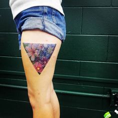 Always wanted a tattoo but can't decide on a design? These 30 amazingly inventive triangle tattoos will give you some much-needed inspiration! Dreieckiges Tattoos, Flower Tattoos, Body Art Tattoos, Small Tattoos, Tatoos, Tattoo You, First Tattoo, Skin Candy, Cute Tattoos For Women