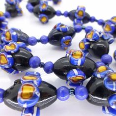 VINTAGE VENETIAN MATCHED MORETTI RAISED CANE MILLEFIORI GLASS BEAD NECKLACE