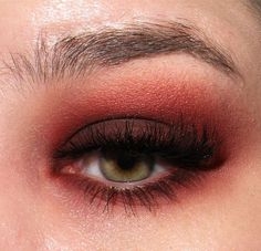 image from http://img.makeupalley.com/8/5/8/9/2718374.JPG