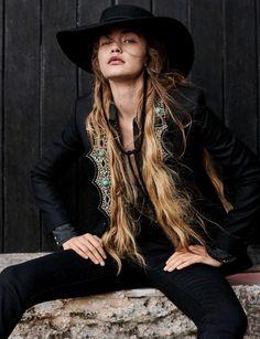 Img Models, Dolly Parton, Gigi Hadid, Brigitte Bardot, Cowgirl Photography, Vogue Photoshoot, Cowgirl Style, Western Style, Cowgirl Fashion