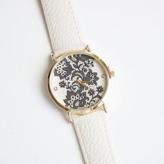 Vintage Lace Watch Women Watches Leather watch door Streetdress
