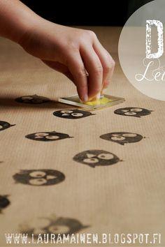 Lauramainen: DIY Owl Stamp Gift Wrap