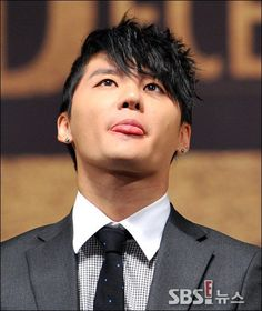 """Xia """"December Musical"""" Press Conference 131031"""