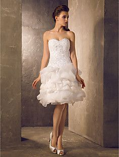 A-line Princess Sweetheart Knee-length  Lace and Organza Wed... – USD $ 127.99