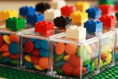 Love this idea for Lego party favours!