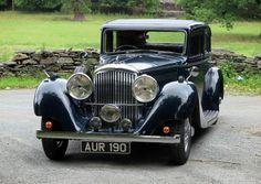 rolls royce classic cars by lloyd Bentley Blower, Bentley Car, Vintage Cars, Antique Cars, Volkswagen, Best Classic Cars, Rolls Royce, Old Cars, Motor Car