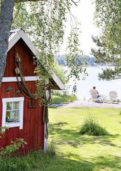 Swedish Cottage, White Cottage, Lakeside Cottage, Lake Cottage, Red Houses, White Houses, Sauna Design, Finnish Sauna, Storybook Homes