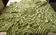 White and green star afghan/baby blanket