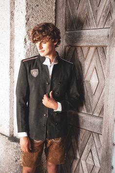 Lodenjacke Kaschmir oliv M - Mirabell Plummer 50th, Hairstyles, Blazer, Medium, Cashmere, Scale Model, Haircuts, Hairdos, Hairstyle