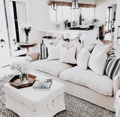36 Cozy Small Living Room Decor Ideas for Your Apartment ~ My Living Room, Small Living, Interior Design Living Room, Home And Living, Living Room Designs, Living Room Decor, Living Spaces, Living Area, Living Room Inspiration