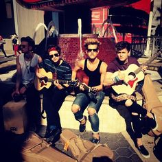 the vamps with guitars!